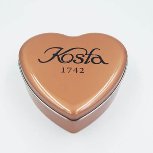 heart shape chocolate tin box 12 - Chocolate tin box with heart shape