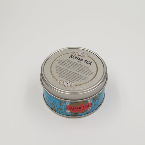 small round tin box1 - Round Metal Candle Containers For Candle Packaging Ideas