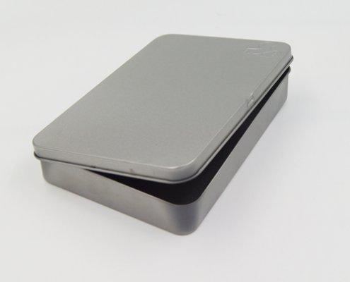 กล่องดีบุกสี่เหลี่ยมพร้อมฝาปิดบานพับผู้ผลิต