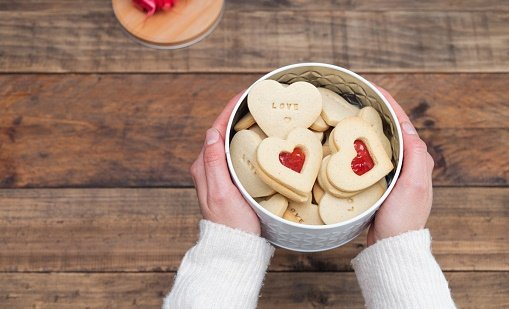 All You Need to Know About Biscuit Tin Box - All You Need to Know About Biscuit Tin Box